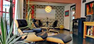 Mid Century Modern recliner Feature