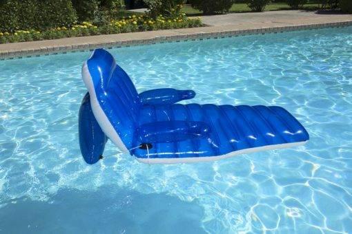 Pool recliner CHARACTARISTICS